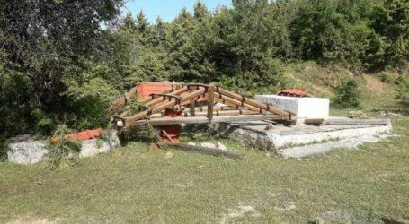 Αλμυρός: Κατέστρεψαν το κιόσκι του Κυνηγετικού Συλλόγου [εικόνες]
