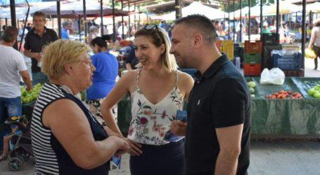 Από την παραγωγή, στη λαϊκή… και στα μαγαζιά του Τυρνάβου, δίπλα σε όλους ο Γιώργος Κατσιαντώνης