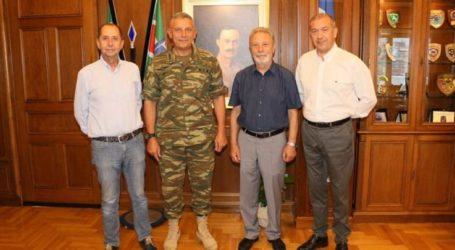 Συνάντηση του Διοικητή της 1ης Στρατιάς με το προεδρείο του Ελληνικού Ορειβατικού Συλλόγου Λάρισας