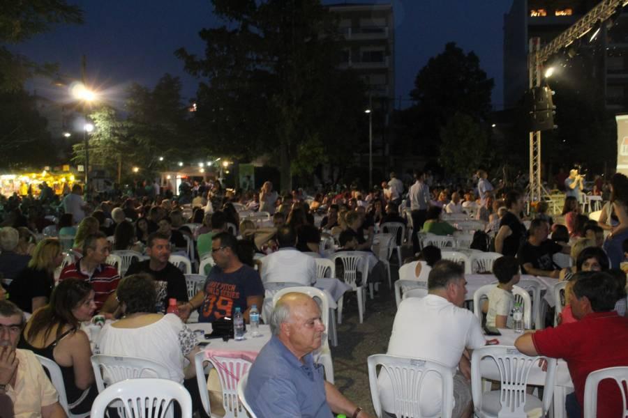 Πλήθος κόσμου στις εκδηλώσεις στη Φιλιππούπολη για τον εορτασμό της Αγίας Τριάδας (φωτο - βίντεο)
