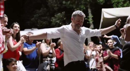 Το… Χολιγουντιανό βίντεο από τα επινίκια της επικής επανεκλογής Γκουντάρα στο δήμο Αγιάς