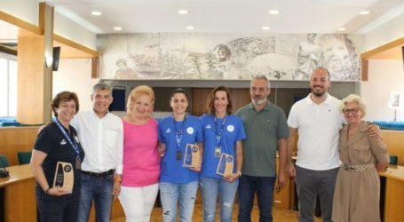 Τις παγκόσμιες πρωταθλήτριες της Εθνικής Ομάδας Μπάσκετ Κωφών Γυναικών βράβευσε ο Αγοραστός
