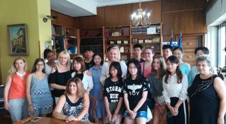Βόλος: Μαθητές που προγράμματος «Δημιουργία κατανόησης και φιλία μεταξύ των λαών» στην Π.Ε.Μαγνησίας