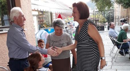 Συνεχίζει τις επισκέψεις η Μαρίνα Χρυσοβελώνη – Ένθερμη υποδοχή από τους πολίτες