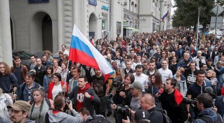 Διαδηλώσεις στη Μόσχα για τον αποκλεισμό ανεξάρτητων υποψηφίων από τις τοπικές εκλογές