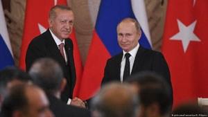 """""""Ρωσικές σκιές σε Κύπρο και Τουρκία"""""""