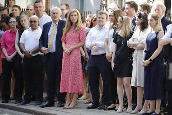 Η σύντροφος του Βρετανού πρωθυπουργού