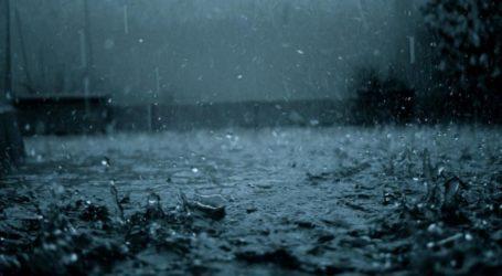 Συνεχής βροχόπτωση το βράδυ της Παρασκευής στον Βόλο
