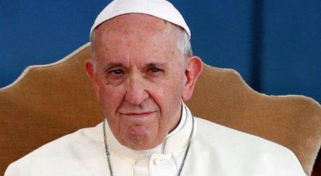 Ο Πάπας Φραγκίσκος θα χοροστατήσει σε λειτουργία για τους μετανάστες