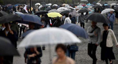 Οι αρχές κάλεσαν πάνω από 1 εκατ. ανθρώπους να εγκαταλείψουν τις εστίες τους λόγω των σφοδρών βροχοπτώσεων