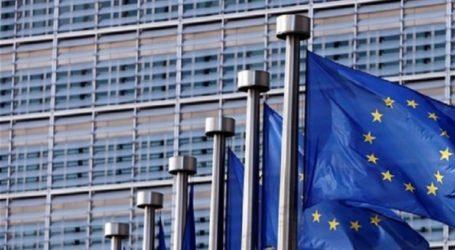 Η Κομισιόν θα καθυστερήσει την απόφασή της για το ιταλικό χρέος