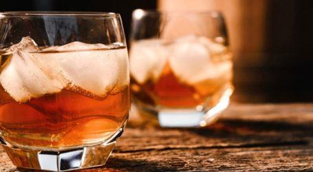 Εισαγόμενα ευρωπαϊκά τυριά και ουίσκι, αξίας 4 δις δολαρίων, στο στόχαστρο των ΗΠΑ που απειλούν με δασμούς