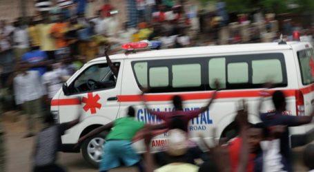 Τουλάχιστον 50 άνθρωποι σκοτώθηκαν την ώρα που προσπαθούσαν να μαζέψουν καύσιμα από βυτιοφόρο που ανετράπη