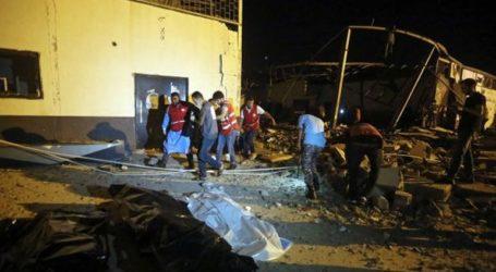 Τουλάχιστον 30 μετανάστες νεκροί από την επίθεση σε κέντρο κράτησης στη Λιβύη