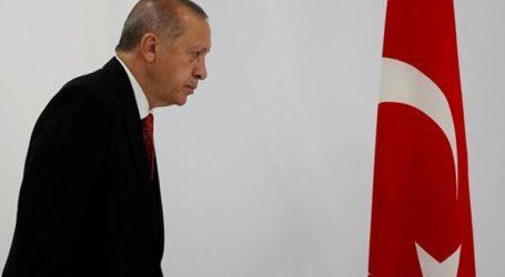 Ερντογάν:«Ο Χαλίφα Χάφταρ δεν είναι παρά ένας πειρατής»
