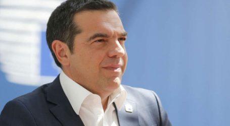 «Παραείναι πετυχημένος για τους Έλληνες ο Τσίπρας»