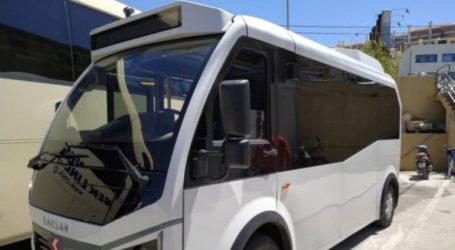 Ξεκίνησε τα δρομολόγια το πρώτο ηλεκτρικό λεωφορείο του δήμου