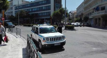«Παρκαδόρος» στη Δημοτική Αγορά χτύπησε ανήλικο τουρίστα