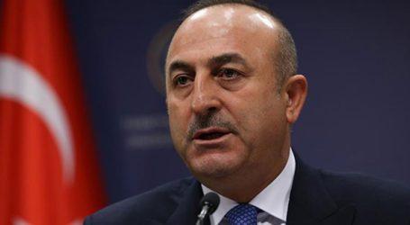 Ο Τούρκος ΥΠΕΞ συνεχάρη τον Κ. Μητσοτάκη στα ελληνικά, τουρκικά και αγγλικά