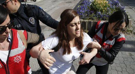 Βίαιη φοιτητική διαδήλωση κατά του ξεριζώματος δένδρων στην Τουρκία