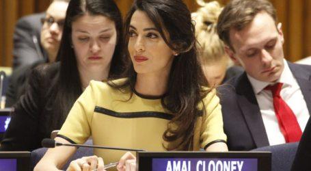 Yπέρ της δημοσιογράφου Μ. Ρέσα η Αμάλ Κλούνεϊ