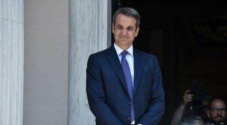 Ο Μητσοτάκης αναλαμβάνει πρωθυπουργός με ριζικά διαφορετικό στιλ