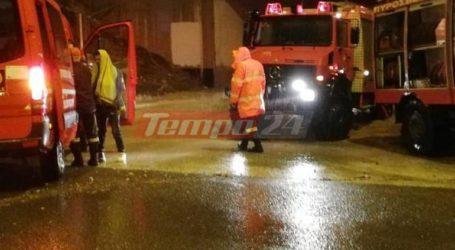 Ισχυρή βροχόπτωση στην Αχαΐα – Εγκλωβίστηκαν θαμώνες νυχτερινού κέντρου