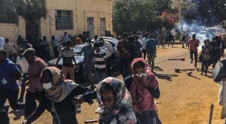 Δακρυγόνα κατά διαδηλωτών στο Σουδάν