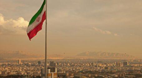 Η Τεχεράνη διαψεύδει ότι είναι έτοιμη να διαπραγματευθεί το βαλλιστικό της πρόγραμμα