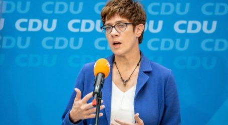 Φθίνει η δημοτικότητα της νέας υπουργού Άμυνας Άνεγκρετ Κραμπ-Καρενμπάουερ