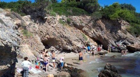 Εκκενώθηκε παραλία στο Πόρτο Ράφτη