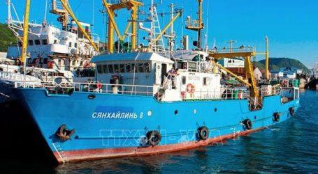 Η Βόρεια Κορέα έχει συλλάβει ένα ρωσικό αλιευτικό και κρατά το πλήρωμά του