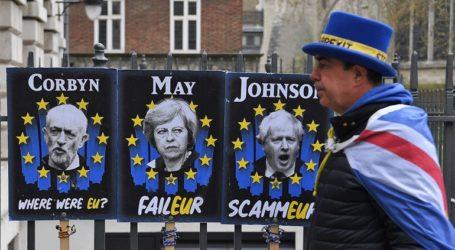 Το Ευρωπαϊκό Κοινοβούλιο προειδοποιεί τον Μπόρις Τζόνσον για μια έξοδο «χωρίς συμφωνία»