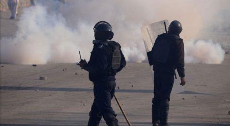 Η αστυνομία συνέλαβε εκατοντάδες πολιτικούς ακτιβιστές