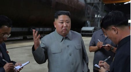 Ο Kim Jong-un στοχεύει με όπλα και λόγια τους πολεμοχαρείς στη Σεούλ
