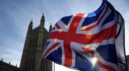 Η Βρετανία προετοιμάζεται «ταχύτατα για ένα Brexit χωρίς συμφωνία»