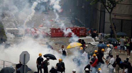 Το Πεκίνο καλεί την κυβέρνηση του Χονγκ Κονγκ να τιμωρήσει τους δράστες των βίαιων επεισοδίων