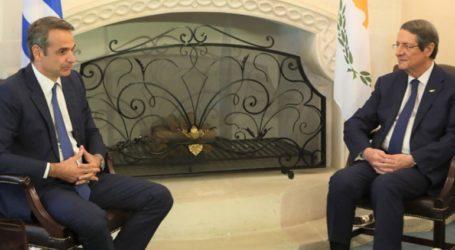 Ελληνοτουρκικά και ενεργειακά στις συνομιλίες των αντιπροσωπειών Ελλάδας και Κύπρου στη Λευκωσία