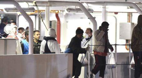 Οι αρχές επέτρεψαν σε 16 ανήλικους μετανάστες να αποβιβαστούν από το σκάφος Gregoretti της ιταλικής ακτοφυλακής