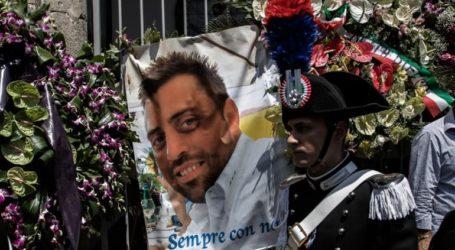 Ο Αμερικανός που κατηγορείται ότι σκότωσε Ιταλό αστυνομικό έβαλε τα κλάματα όταν του είπαν ότι το θύμα του πέθανε