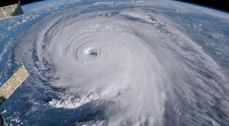 Έκλεισαν σχολεία και γραφεία λόγω προειδοποίησης για επερχόμενο κυκλώνα