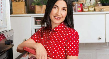 Μαρία Μπαρού: Εντυπωσιασμένη η μαγείρισσα της Ελένης Μενεγάκη από καφετέρια του Βόλου