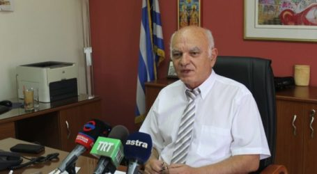 Για τα τρέχοντα προβλήματα της παιδείας στη Λάρισα ενημέρωσε δημοσιογράφους ο Γ. Δοδοντσάκης