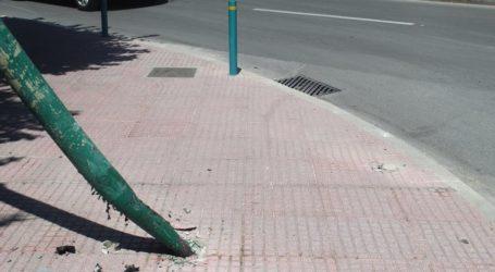 Διέλυσε φανάρι στο κέντρο της Λάρισας (φωτο)