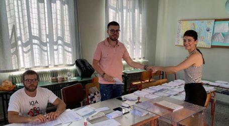 Άσκησε το εκλογικό της δικαίωμα η Αθηνά Σιαφαρίκα: Ψηφίζουμε για Πολιτική Αλλαγή και Ανανέωση
