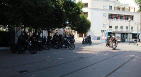 «Κάθοδος» μοτοσικλετιστών από την Κεντρική πλατεία Λάρισας στα Μεσάγγαλα (φωτο – βίντεο)