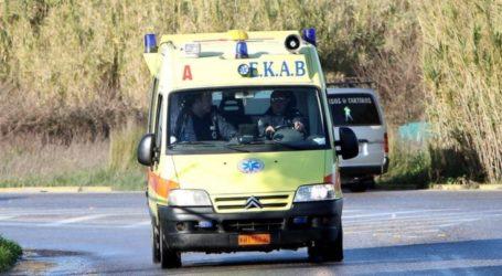 Εκτροπή μηχανής έξω από τη Λάρισα – Στο Γενικό Νοσοκομείο ο αναβάτης