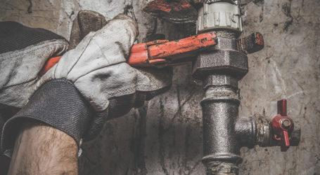 Λ. Καλαθάς: Ξέρετε πότε πρέπει να αντικαταστήσετε τα παλιά υδραυλικά του σπιτιού σας;