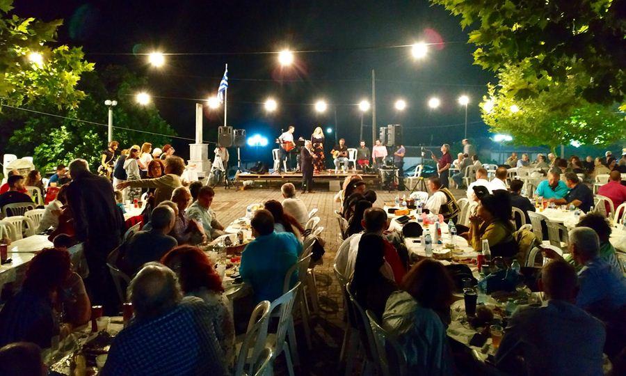 Χαρακόπουλος στη Σκοτούσα: Το ψωμί της ξενιτιάς είναι πικρό...
