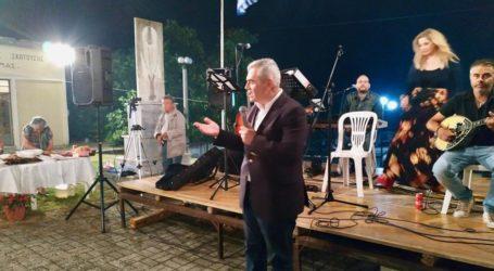 Χαρακόπουλος στη Σκοτούσα: Το ψωμί της ξενιτιάς είναι πικρό…